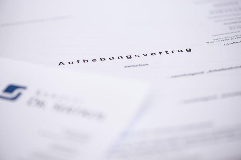 Kanzlei für Arbeitsrecht in München Dr. Onur Sertkol - Kündigungsschutz Arbeitsvertrag Kündigung Arbeitsrecht Abfindung Aufhebungsvertrag Abmahnung Mitarbeiter Arbeitskraft Türkisch Aufhebungsvertrag